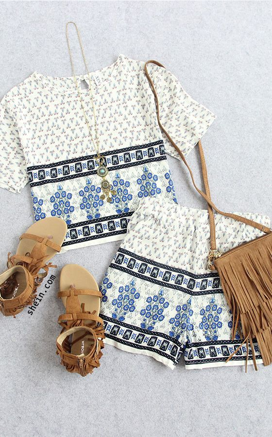 Two-piece Outfits. Multicolor Tribal Print Crop Top With Shorts