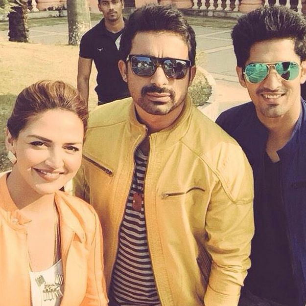 Top Indian fashion and lifestyle blog: Rannvijay Singh with Esha Deol and Vijender Singh ...
