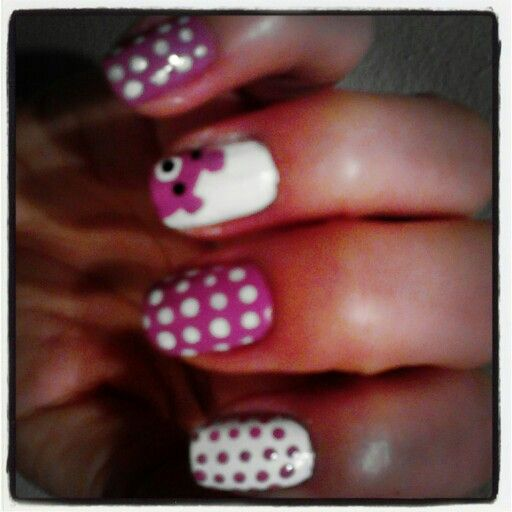 Nails nail art teddy bear and polka dot pink nails