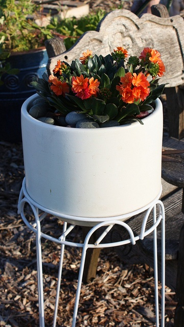 82 Best Images About Gainey Ceramics Planters On Pinterest