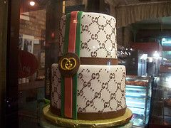 gucci cake- this cake is massive!! i would love it, i feel hungry just looking at all these cakes