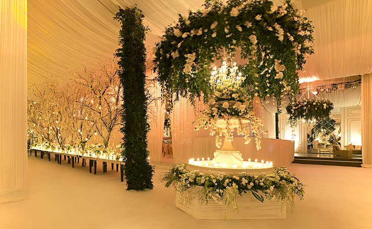 Rohit Bal Luxury Weddings & Events for bespoke corporate events, occasions, wedding design and production.
