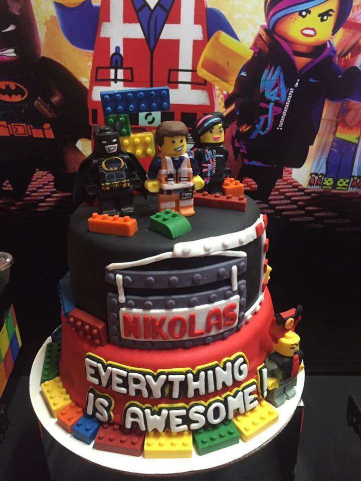 Everything about this Lego Movie birthday cake is awesome!! See more party ideas and share yours at http://CatchMyParty.com