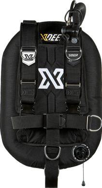 Adjustable harness backplate BC bladder