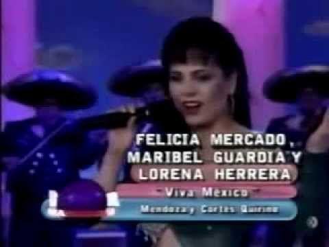 """Maribel Guardia, Lorena Herrera y Felicia Mercado cantando """"Viva México""""..."""