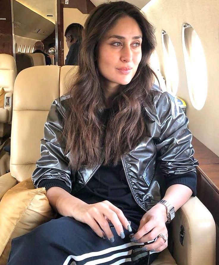 Airplane Look On Point Kareena Karena Kapoor Kareena Kapoor Pics Kareena Kapoor Khan