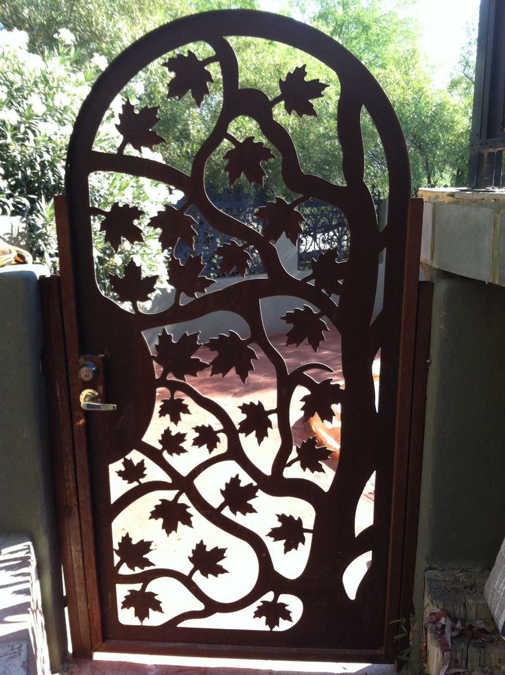 Best 25 metal gate designs ideas on pinterest iron gate Metal gate designs images