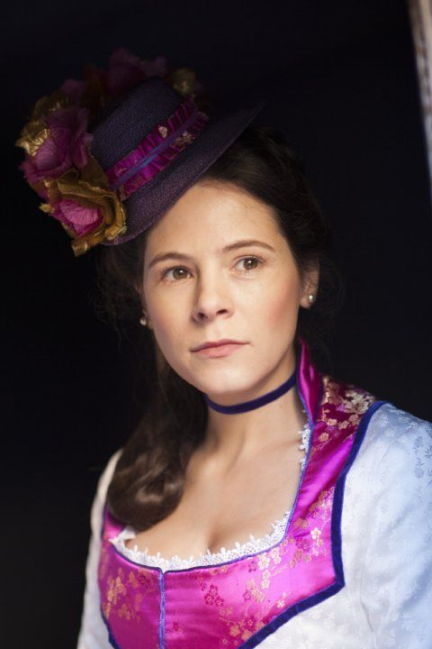 Elaine Cassidy in The Paradise.