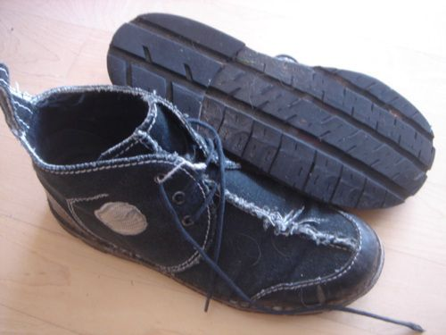 old blue jeans + old car tires = new shoes