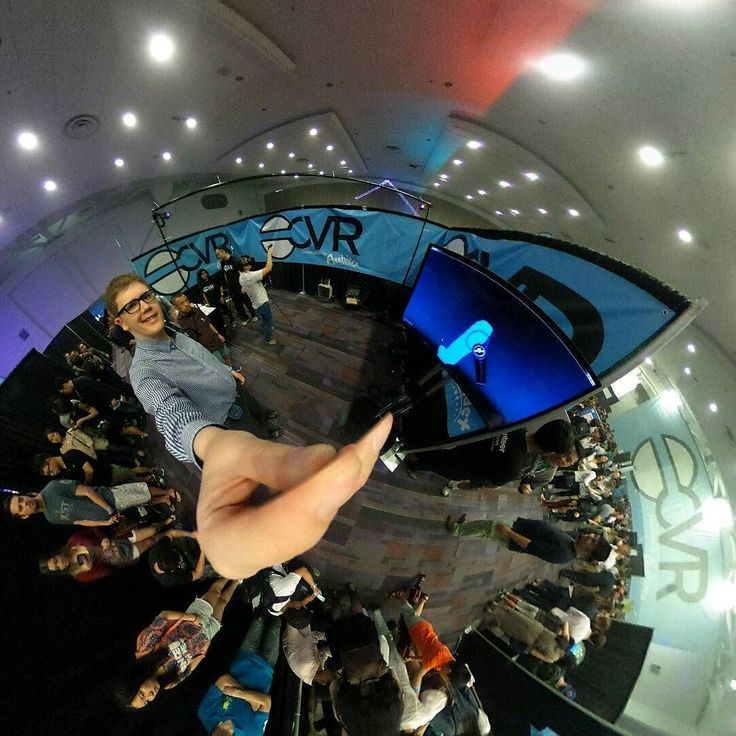 An awesome Virtual Reality pic! I got to try the #Google #tiltbrush on the #htcvive it was beautiful and peaceful I loved it! It's an app where you can draw in 3d space around you using controllers that you hold in each hand. Thanks to @archiact #CVR2016 for an awesome first ever consumer virtual reality conference. It has been a huge honor to be here to experience the dawn of a new era in technology and media.  #letsgetvirtual #VR #virtualreality #3d #drawing #creative #oculus #oculusrift…