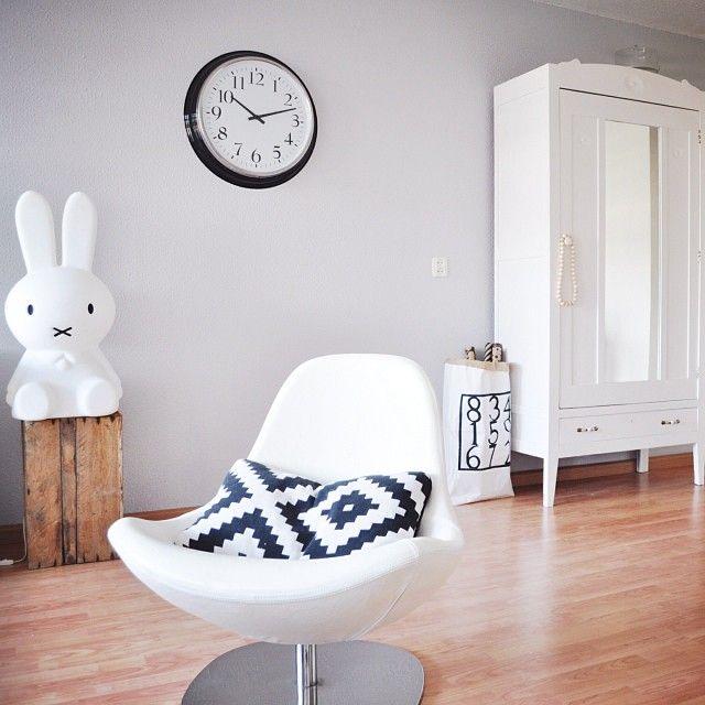 17 beste idee n over rustig grijs op pinterest grijze verfkleuren en grijs interieur verf - Kleur van de muur kamer verf ...