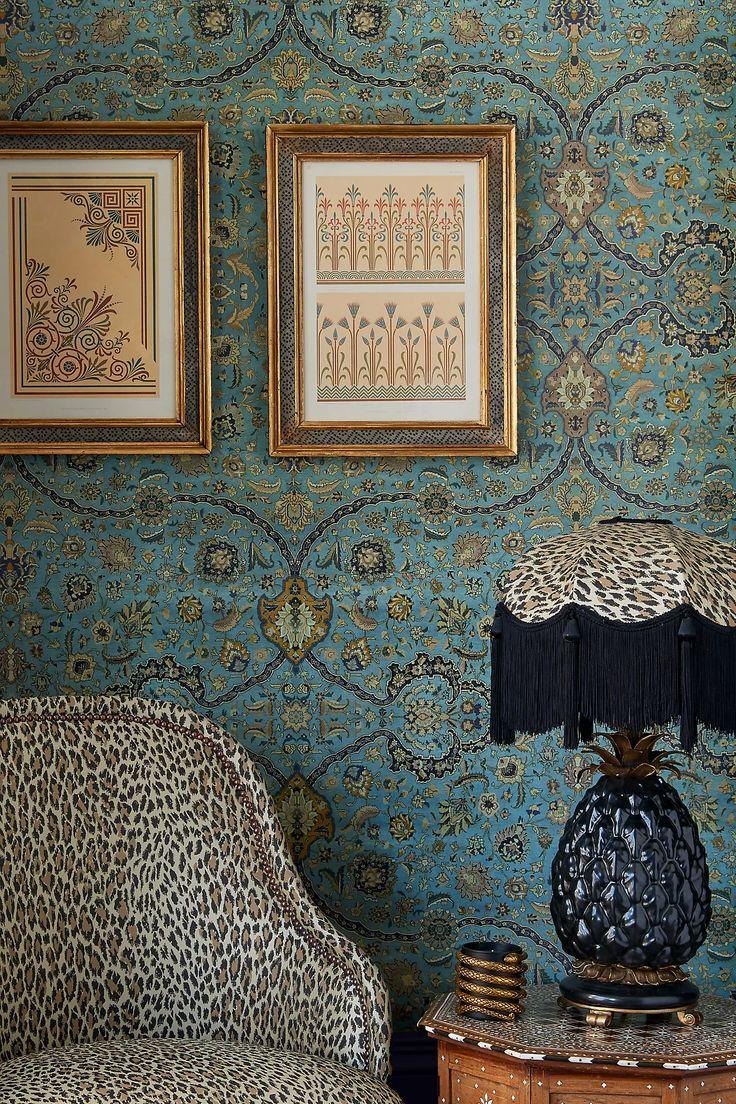 Bold Wallpaper, Print Wallpaper, Pattern Wallpaper, Liberty Wallpaper, Interior Wallpaper, Wallpaper Murals, Wallpaper Designs, Modern Wallpaper, Wallpaper Ideas
