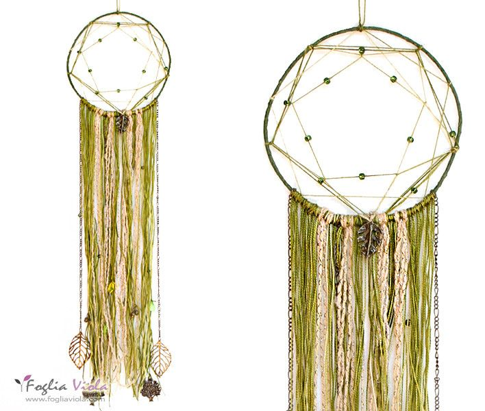 Dreamcatcher: Green Spirit with leaves and trees. Available. Link in bio :)   #dreamcatcher #acchiappasogni #decor #handmade #shaman #pentagono #verde #idearegalo #pagan #leaf #green #fogliaviola #ooak