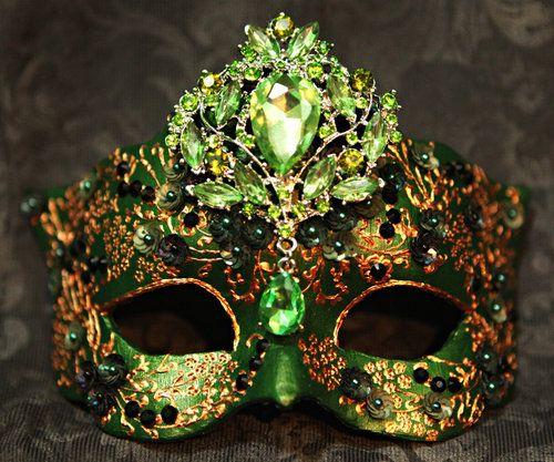 foto de 428 best images about Masquerade Masks on Pinterest
