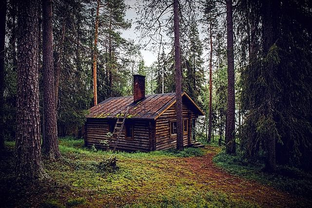 3 Shocking Ways Off-Grid Living Is Being Slowly Banned In America (And Canada)