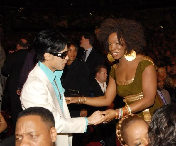 Post Hardly Ever Seen Pics of Prince