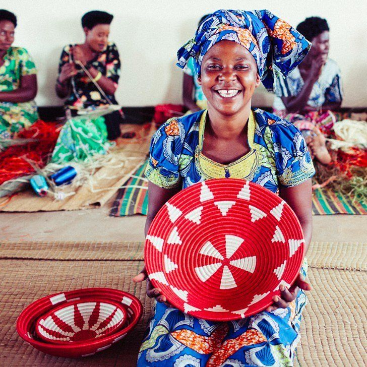 These Peace Baskets Are Changing the World: If you want to facilitate peace on earth this holiday season, look no further than these vibrant hand-woven baskets when shopping for gifts.