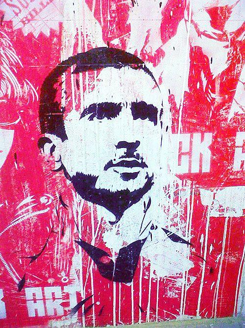 Mural al interior del estadio St Pauli de Eric Cantona en Hamburgo, Alemania