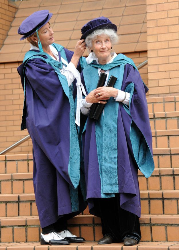 Emma Thompson And Her Mother, Phyllida Law, Receive Doctorate Degrees Together