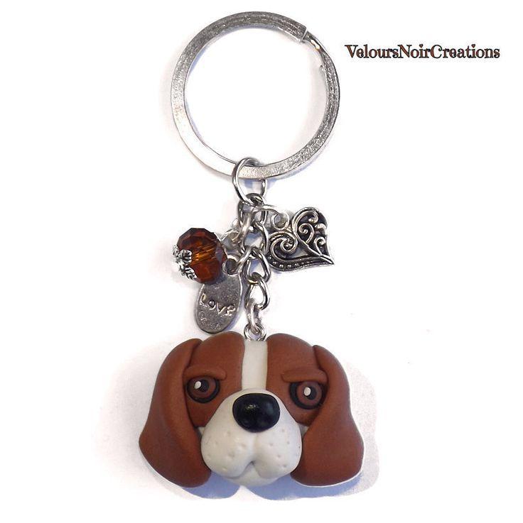 Portachiavi cane beagle in fimo, by Velours Noir Crèations, 16,00 € su misshobby.com