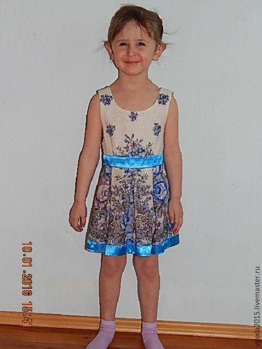 Купить или заказать Платья детские в интернет-магазине на Ярмарке Мастеров. Красочное детское платье из тонкого павловопосадского…