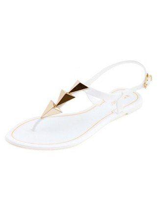 Neuf sandales de gelée pour enregistrer vos pieds sur Rainy Summer Days