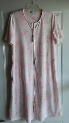 Miss Elaine Summer Short Sleeve Robe Size Medium - BUY NOW ONLY 12.99