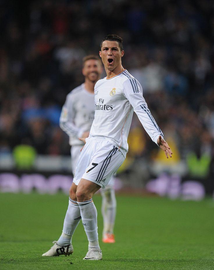 Cristiano Ronaldo Photos - Real Madrid CF v CA Osasuna - La Liga - Zimbio