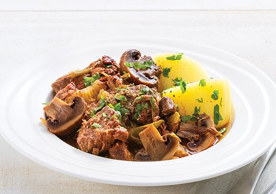 Slow-cooker Beef, Mushroom and Red Wine Casserole