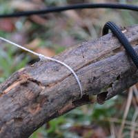 How to make a snare trap with paracord: These instructions and tutorial will show you how to use paracord and sticks to create a basic snare that will increase your probability of catching something in the wild. Let's get started on this cool paracord project that is one of our favorite survival