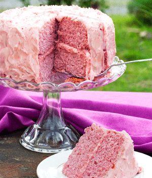Vegan Strawberry Cake - My Vegan Cookbook - what a sensationally beautiful pink color!!!