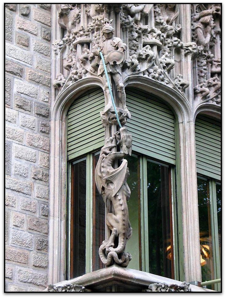 Palau del Baró de Quadres. Architect: Josep Puig i Cadafalch. Barcelona…