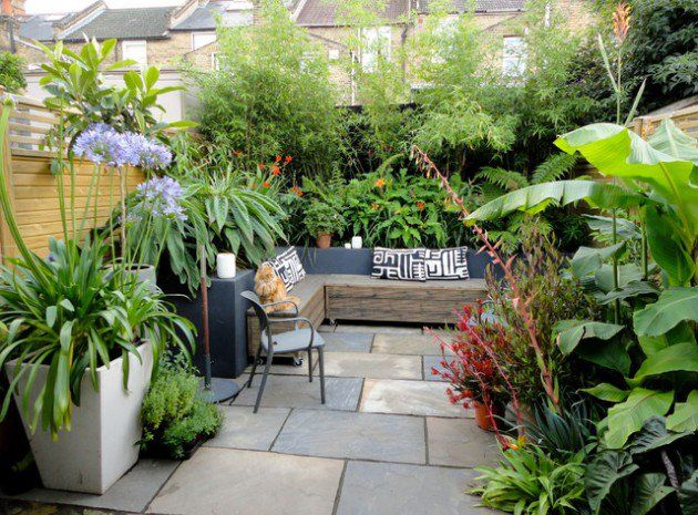 Courtyard Design Ideas here is a collection of modern backyard designs where you can enjoy without leaving the comforts 17 Adorable Design Ideas For Your Small Courtyard