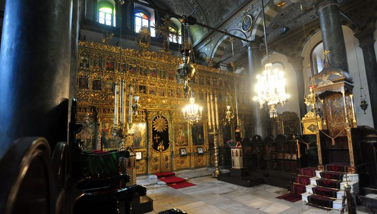 History and facts about Fener Greek Orthodox Patriarchate in Istanbul. Things to see inside Patriarchal Church of St. George. Information about Fener-Balat neighborhoods where the Patriarchate is located.