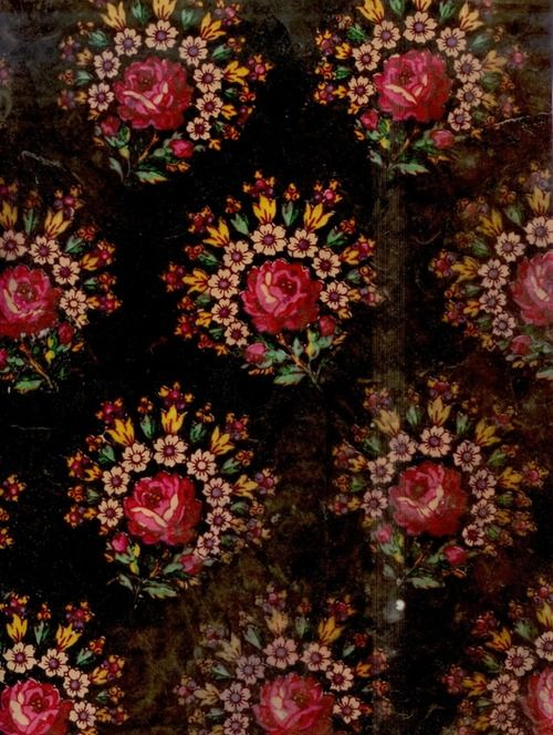 gorgeous - feels like Russian influence A stunning 3-D effect too! #Rose, #Wallpaper, #Textiles
