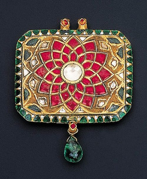 Red Chandelier India: 109 Best Mughal Motifs Images By Sweta Verma On Pinterest