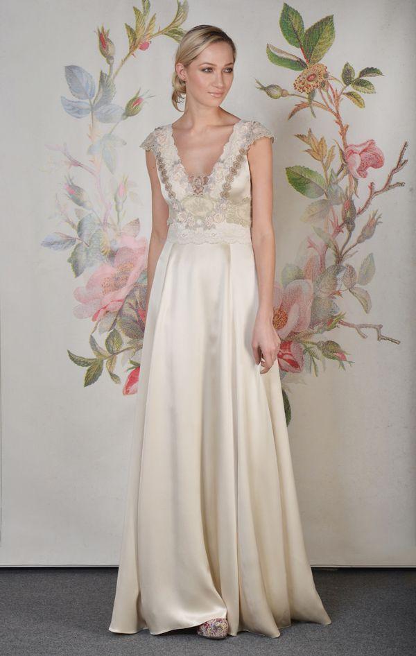 old wedding dress decopauge