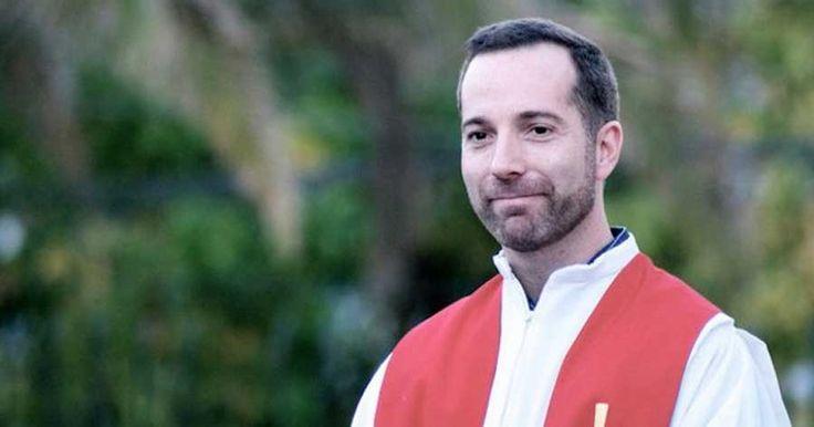 Música al servicio de la fe y la promoción de la justicia. Sitio web oficial de Cristóbal Fones SJ.