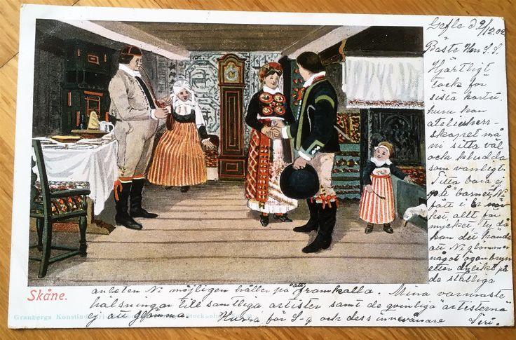 Inomhus Interiör med människor i folkdräkter Skåne bref kort tidigt 1900 tal
