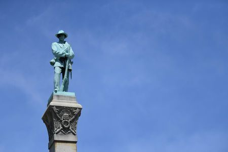 A small Kentucky town gave a formal welcome on Monday to a monument to the Confederate soldiers of the American Civil War, rededicating the controversial structure after the University of Louisville removed it as an unwelcome symbol of slavery.  About 400 people, some dressed in grey replica uniforms