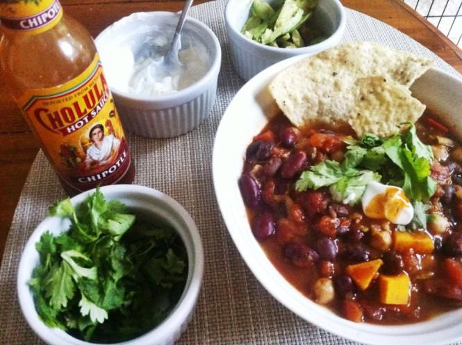 Sweet & Smoky Vegetarian Chili | Simply Fit Kitchen | Pinterest