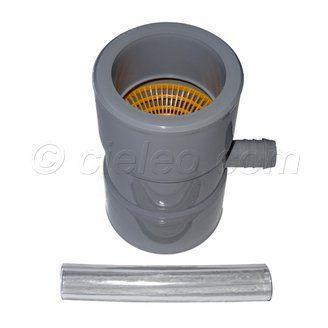Pour le simple arrosage du jardin, voici un collecteur filtrant à relier à un réservoir aérien. La grille arrête les feuilles et les petits branchages, limitant ainsi la formation de dépôt dans le stockage. Ce filtre gouttière s'installe sur une descente de gouttière en DN 100 mm ou DN 80 mm avec les tampons de réduction fournis. A découvrir sur http://www.cieleo.com/s/26180_204578_collecteur-filtrant-gouttiere