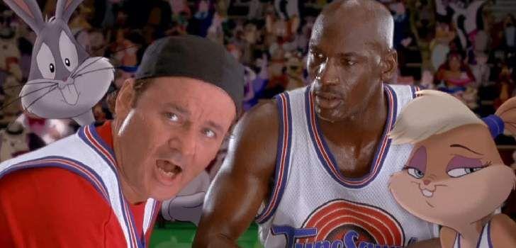 """Diretor do filme original deSpace Jam,de 1996, Joe Pytka acabou de dar uma entrevista a respeito da recém-anunciada continuação do filme, que deve ser protagonizada pelo super-astro LeBron James. E elenão vê com otimismo o anúncio… AoThe Hollywood Reporter,Pytka disse: """"Não façam. Será um fracasso. Michael Jordan era o maior astro no planeta."""" Além disso, …"""