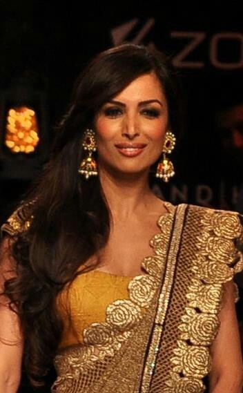 malaika arora khan with big jhumka
