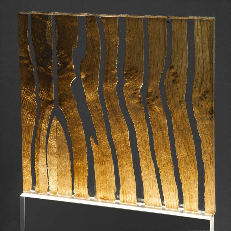 CRACKED WOOD IN ACRYLIC SHEETS