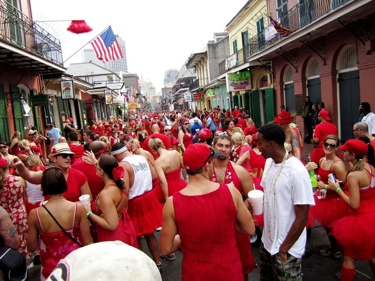 new orleans festivals - Red Dress Run http://www.neworleanshotelcollection.com/red-dress-run/