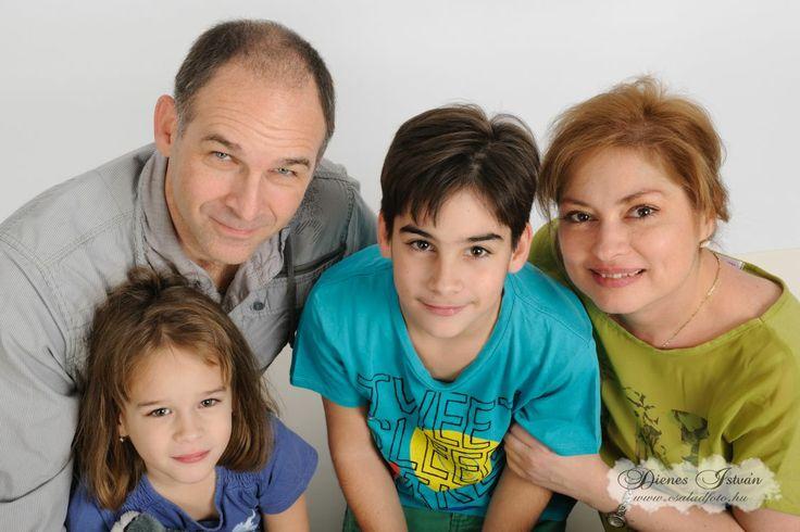 Családfotózás | Csaladfoto.hu - Dienes István http://csaladfoto.hu/csaladfotozas/