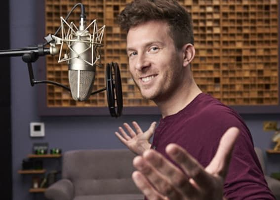 Record An American English Male Voice Over Today En 2020