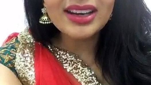 Sreemukhi wishes to all happy new year http://ift.tt/2iEo3D5
