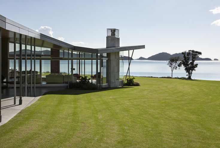 2016 New Zealand Architecture Awards Announced,Fold House; Waipiro Bay, Bay of Islands / Bossley Architects. Image © Simon Devitt